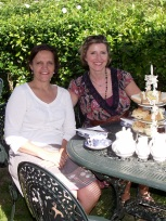 High tea with Michelle, Dimbola, Jul 2013